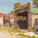 DHNE-NEBarns-586-15-Abandoned-Buildings-and-Pepsi-Vending-Machine,-Inavale