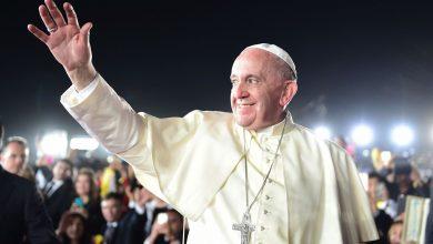 Papa Francisco teve uma conversa particular com Juan Carlos Cruz na semana passada, para falar sobre os abusos que sofreu de um padre durante sua infância (Foto: AFP)