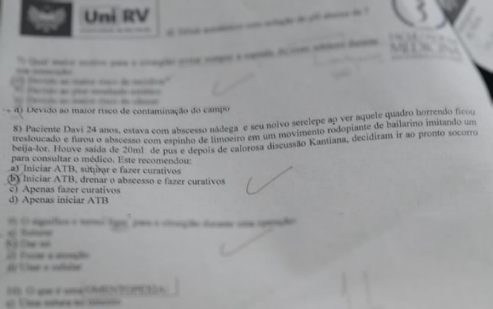 Questão com teor homofóbico em prova de faculdade de medicina de Goiás (Foto: Reprodução/TV Anhanguera)