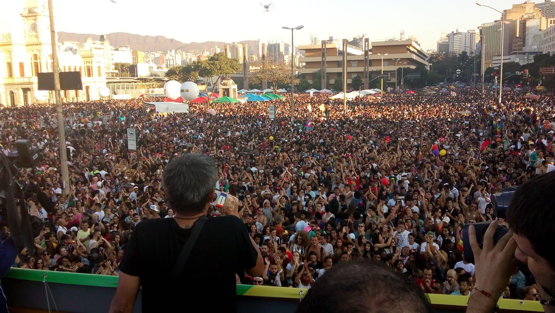 21ª Parada do Orgulho LGBT reúne milhares de pessoas na região central de Belo Horizonte. (Foto: Divulgação)