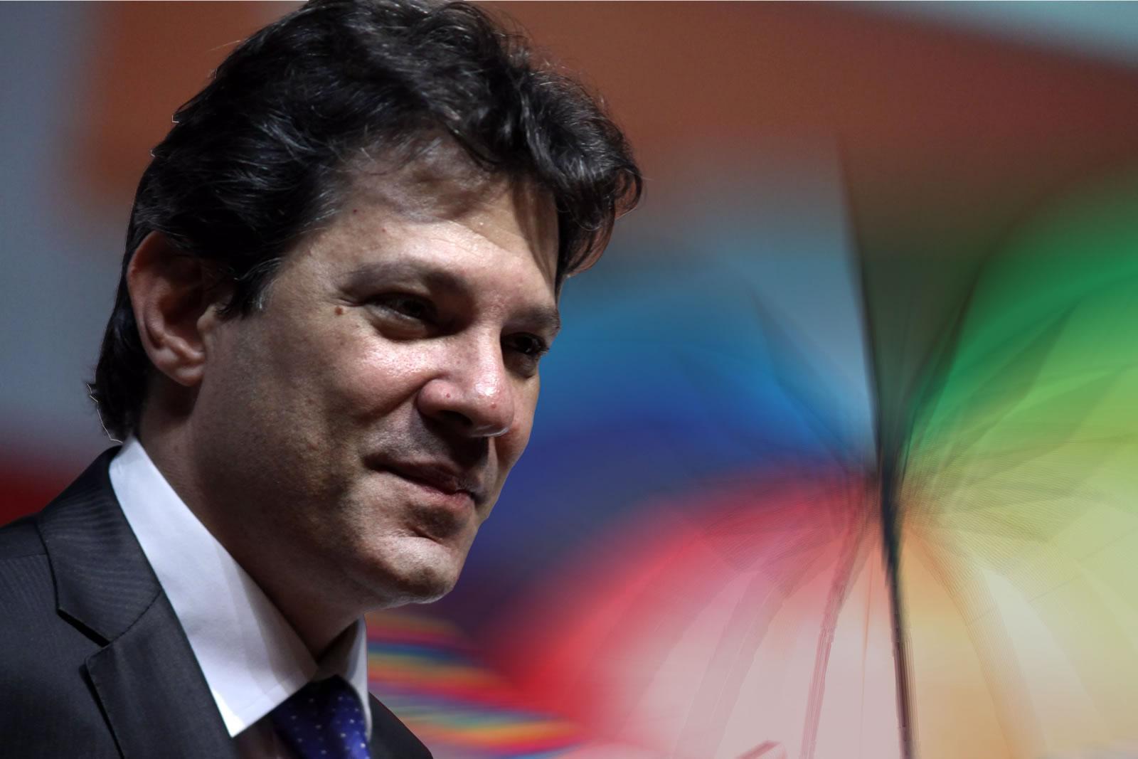Fernando Haddad (PT) lidera com 57% das intenções de voto entre população LGBT. (Foto: Gay1)