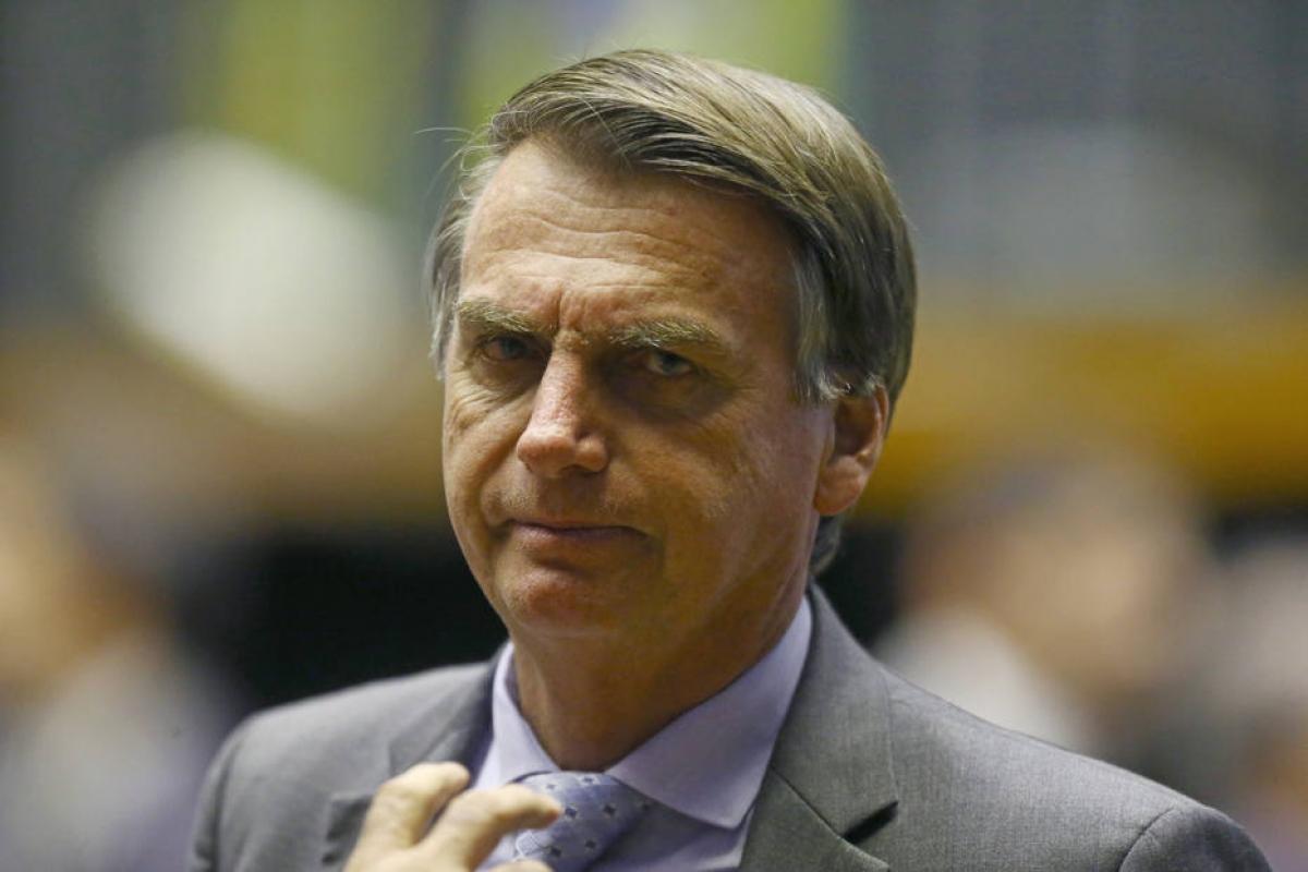 """Bolsonaro promete fim do """"coitadismo"""" de LGBTs, além de negros, mulheres e nordestinos"""