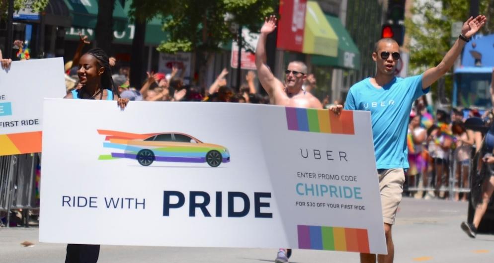 Uber na Parada do Orgulho LGBT de Chicago. (Foto: Reprodução)