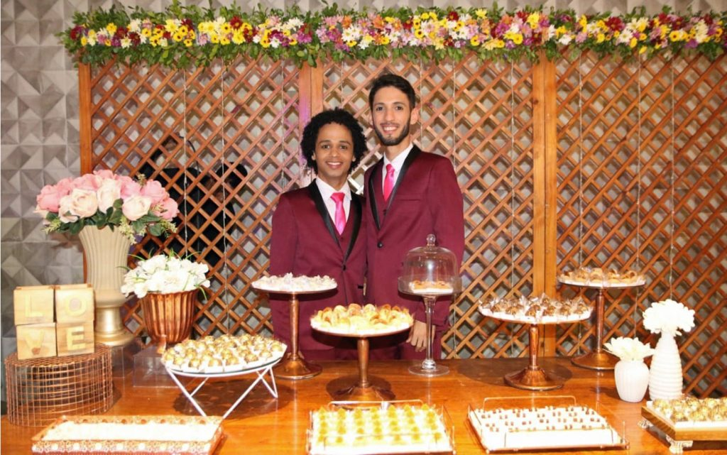 Daniel e Adelmo se casaram no Recife. (Foto: Aldo Carneiro/Pernambuco Press)