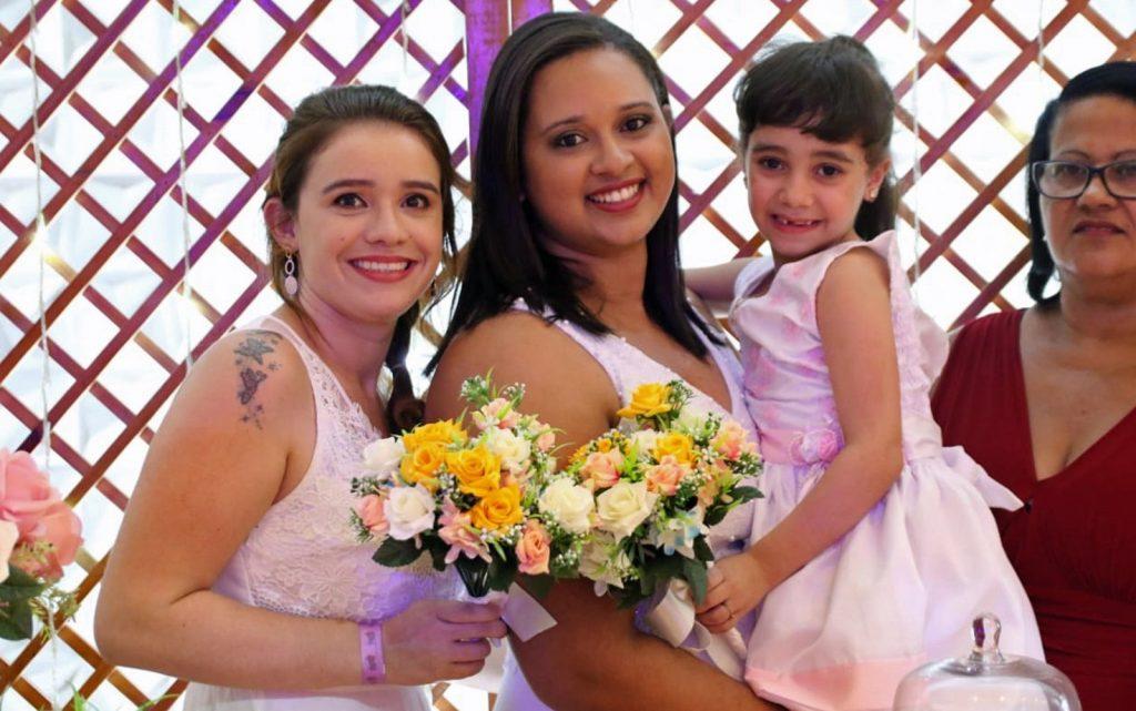 Casais LGBT oficializaram união em celebração conjunta no Recife. (Foto: Aldo Carneiro/Pernambuco Press)