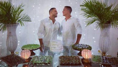 Victor Morais e Wilker Figueiredo moram em Itaobim e mantinham relacionamento discreto até decidirem oficializar a união. (Foto: Reprodução/Instagram)