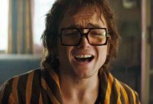 Taron Egerton como Elton John em 'Rocketman', que estreia em 2019. (Foto: Paramount Pictures / Divulgação)