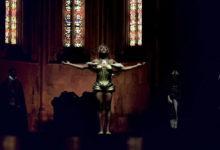 Clipe mostra Mykki Blanco como uma Joana d'Arc moderna. (Foto: Divulgação)