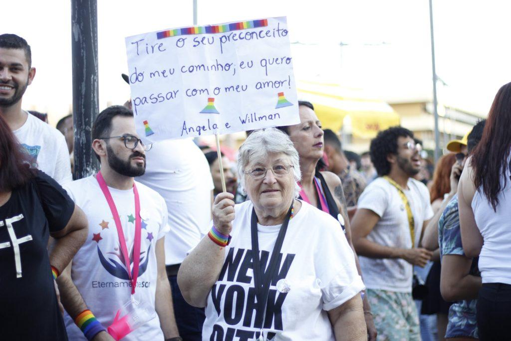 O amor é a palavra de ordem no centro de Belo Horizonte. (Foto: Reprodução/Facebook)