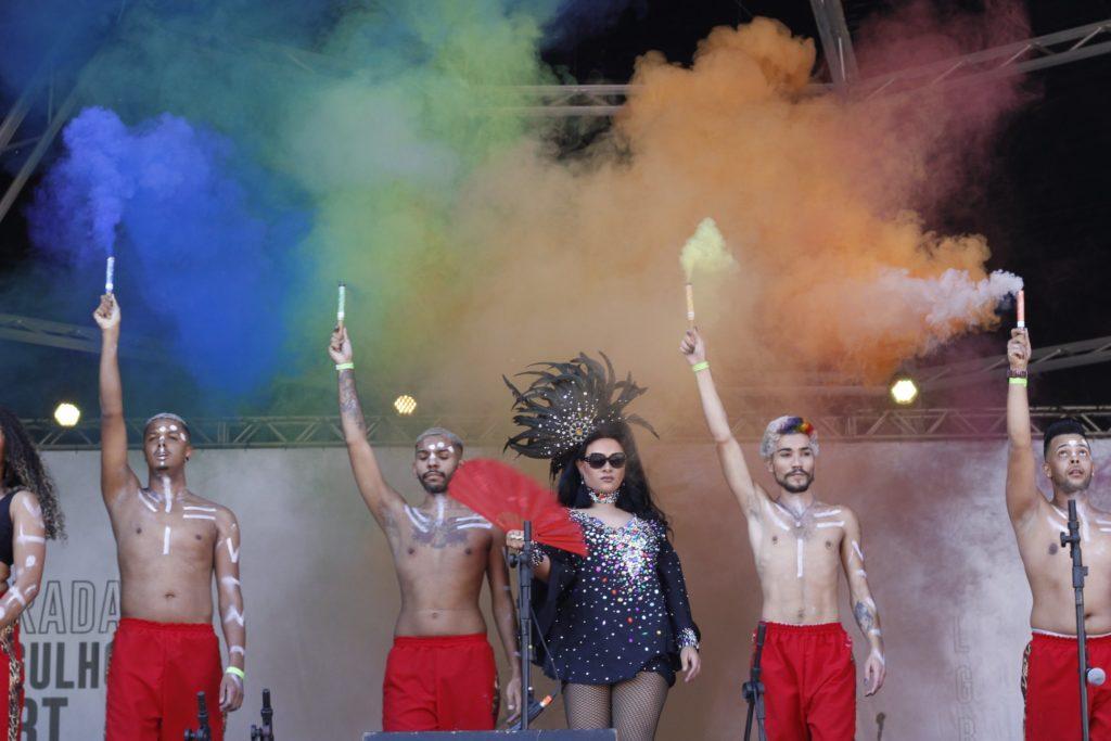 22ª Parada teve apresentações de artistas LGBT. (Foto: Reprodução/Facebook)