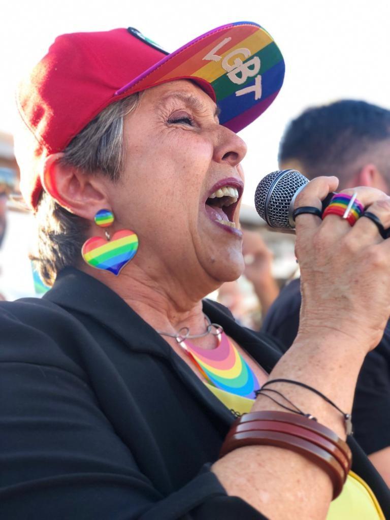 A deputada federal Erika Kokay (PT-DF) também participou da 22ª Parada LGBTS de Brasília. (Foto: Ernane Queiroz/Gay1)
