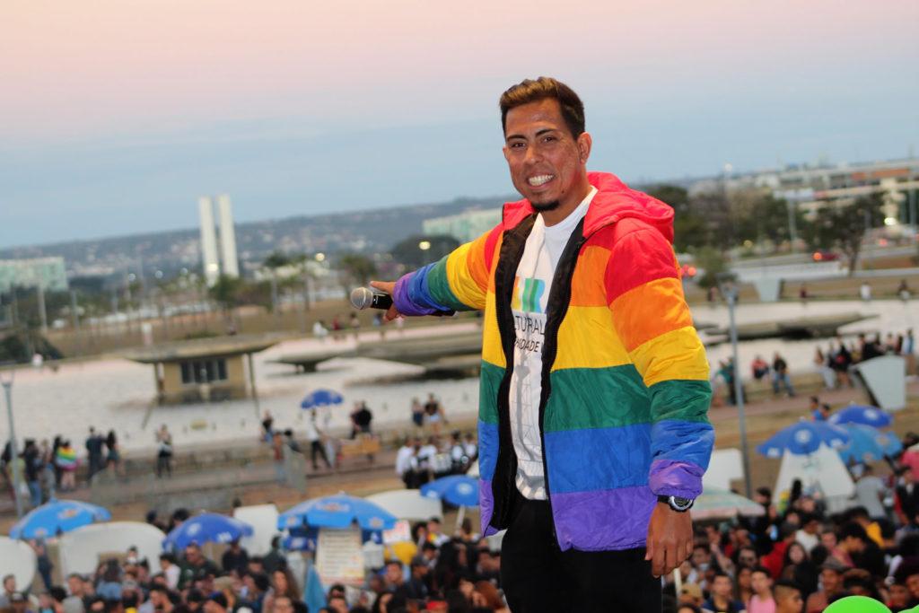 Maurício Martíns presidente do grupo JUDIH-LGBT e um dos organizadores da 2ª Feira LGBT de Brasília. Foto: Ernane Queiroz/Gay1)