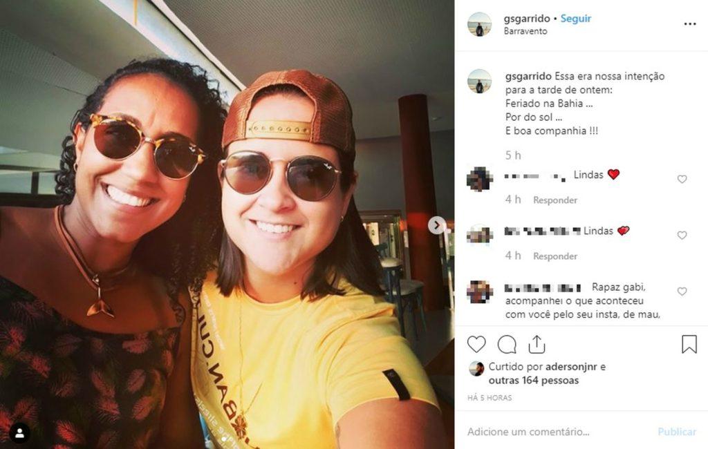Gabriella Garrido e Maiana Mendes denunciam lesbofobia em restaurante de Salvador. (Foto: Reprodução/Instagram)