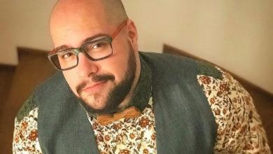 Tiago Abravanel falou sobre o relacionamento com o produtor Fernando Poli, seu marido. (Foto: Reprodução)