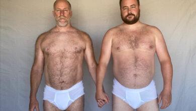 O casal americano MAN ON MAN, formada por Roddy Bottum (à esquerda) e o namorado Joey Holman. (Foto: Divulgação)