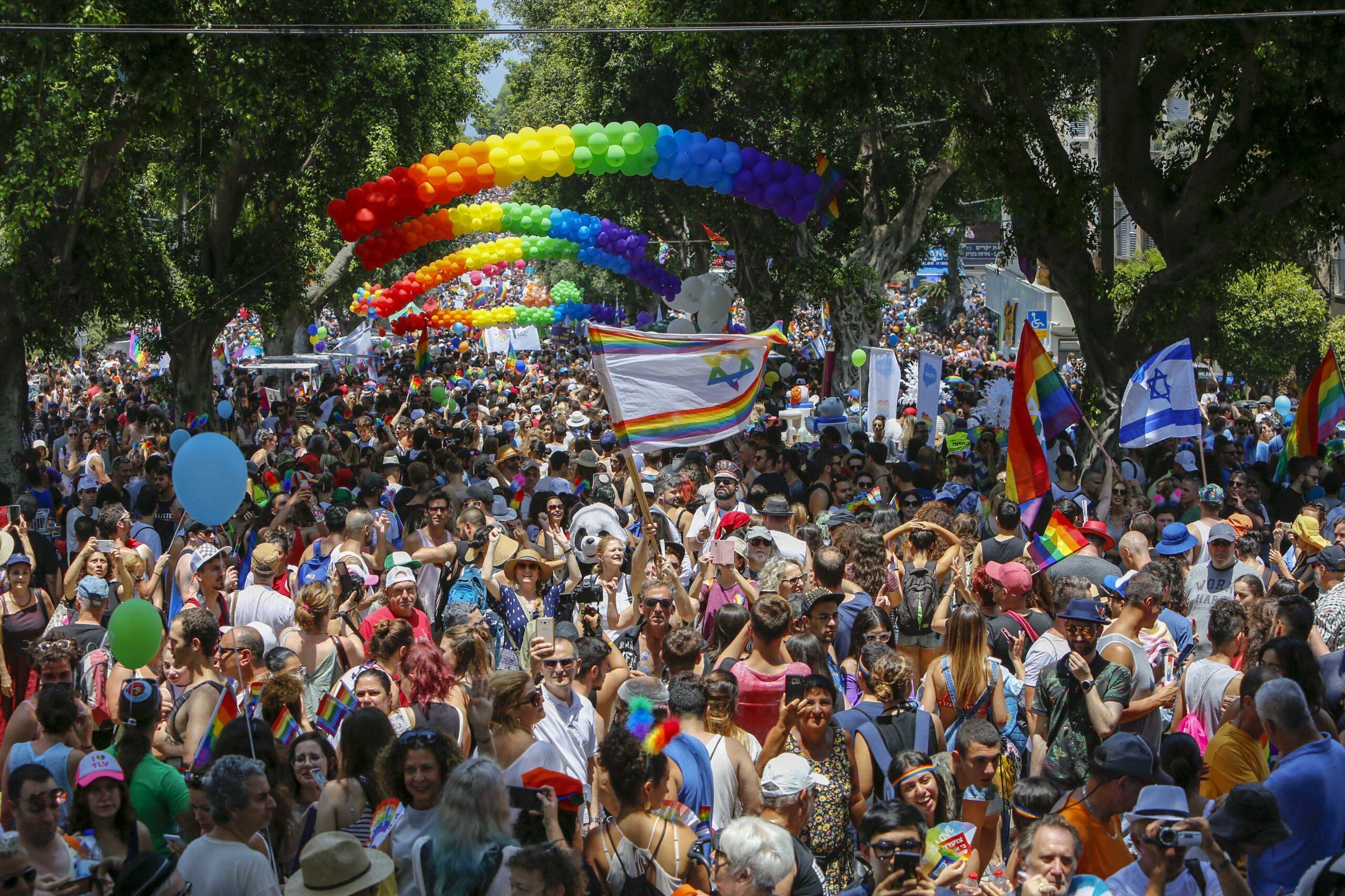 Em 2019, a Parada LGBT+ de Tel Aviv recebeu mais de 250 mil pessoas. (Foto: Tel Aviv-Yafo Municipality/Guy Yechiely)