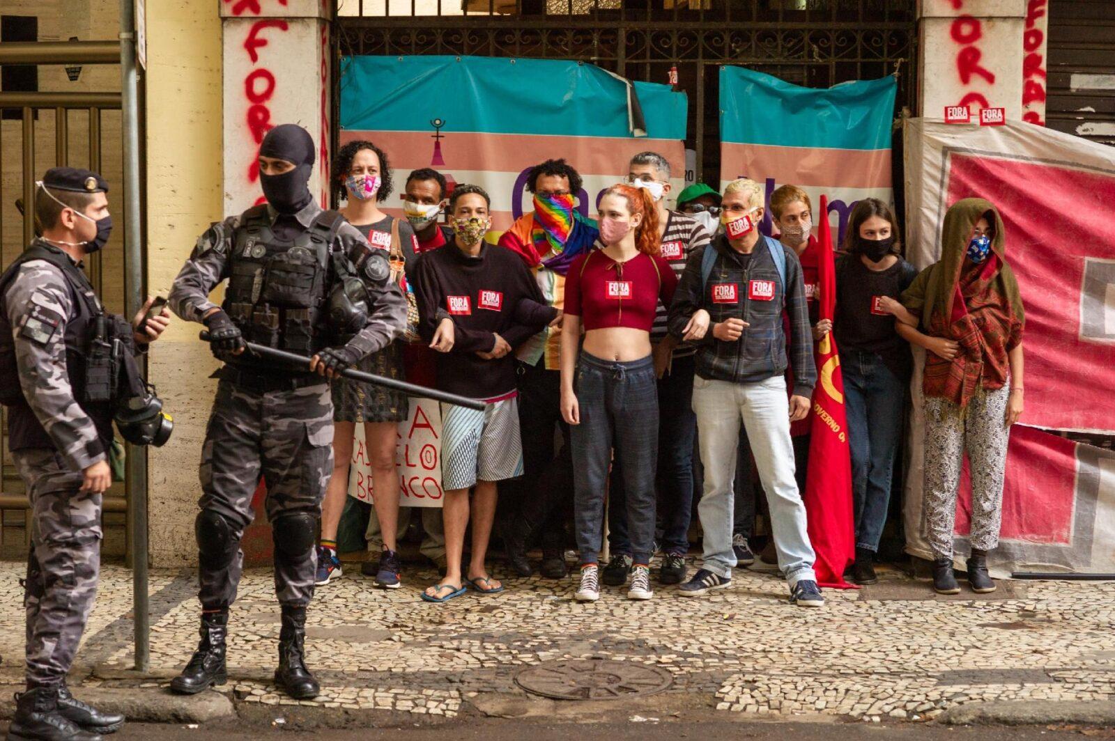 Justiça determinou hoje a reintegração de posse do prédio em Copacabana, no Rio de Janeiro, que abriga a Casa Nem. (Foto: DANIEL RESENDE/FUTURA PRESS/ESTADÃO CONTEÚDO)