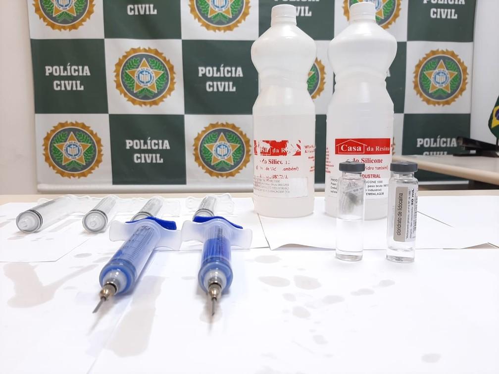 Polícia prende transexual por aplicação de silicone industrial em glúteos de pacientes no RJ e MG. (Foto: Divulgação/PCERJ)