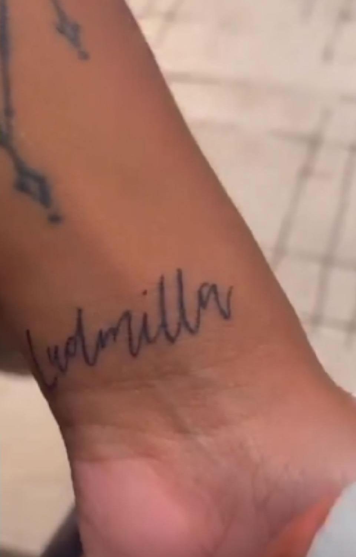 A tatuagem feita por  Brunna Gonçalves. (Foto: Reprodução/Instagram)