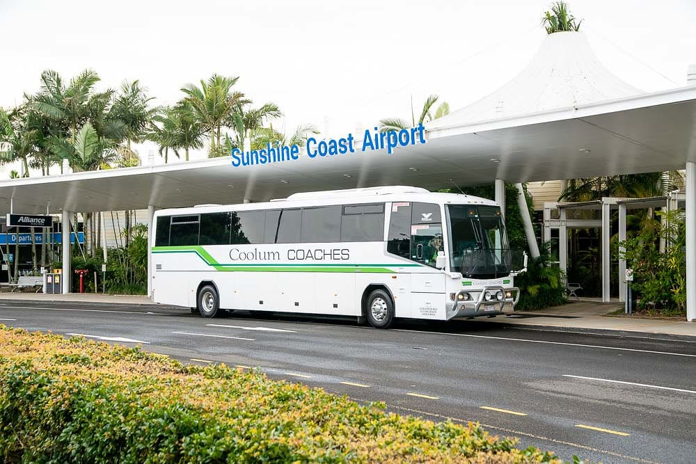sunshine airport and Brisbane Airport bus and coaches transfer