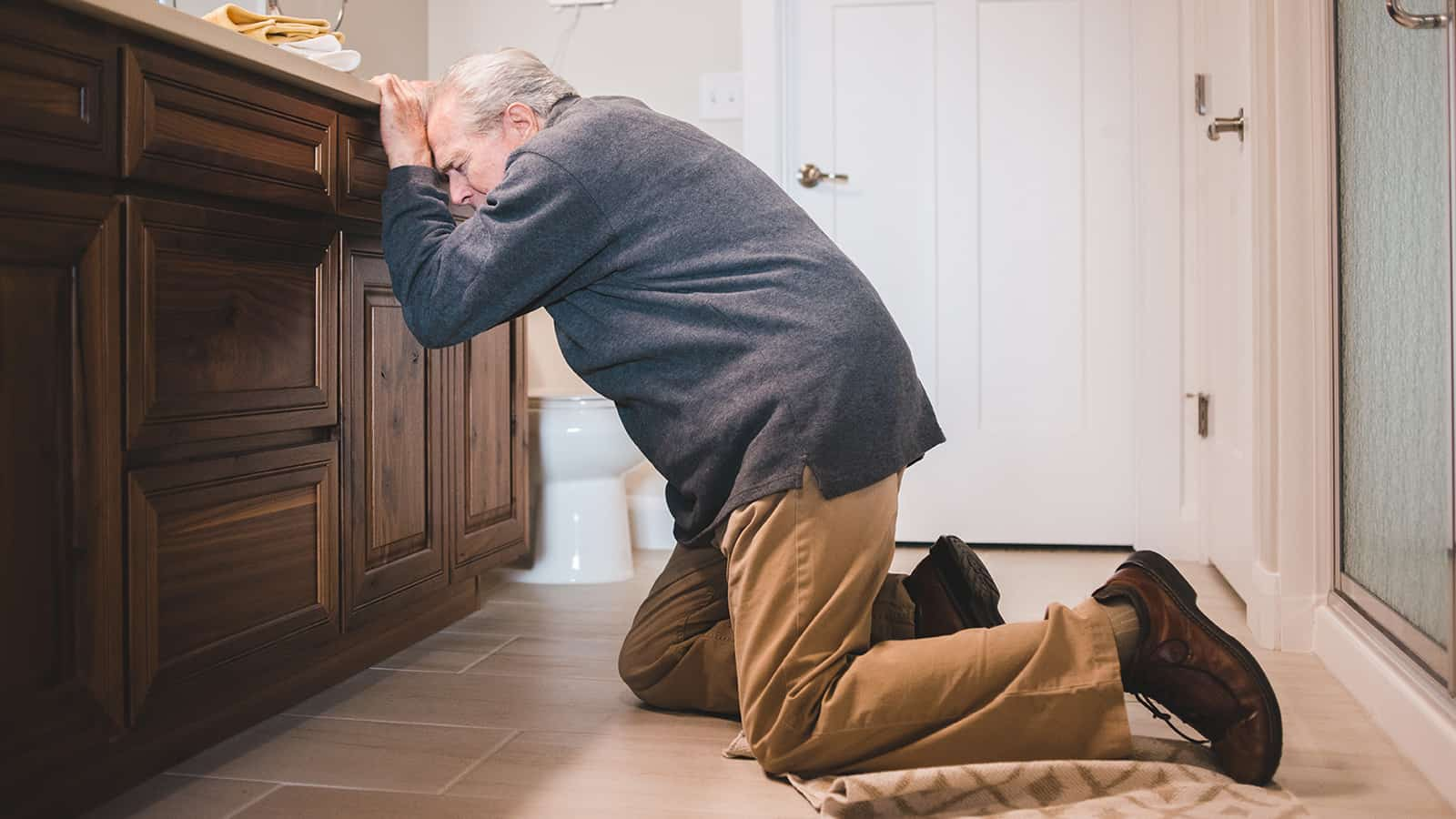 7 tips for preventing falls in ageing patients at home