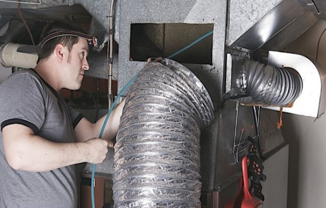Air Duct Cleaning in Northbrook