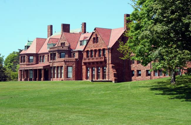 vinland estate mcauley hall newport ri peabody and stearns