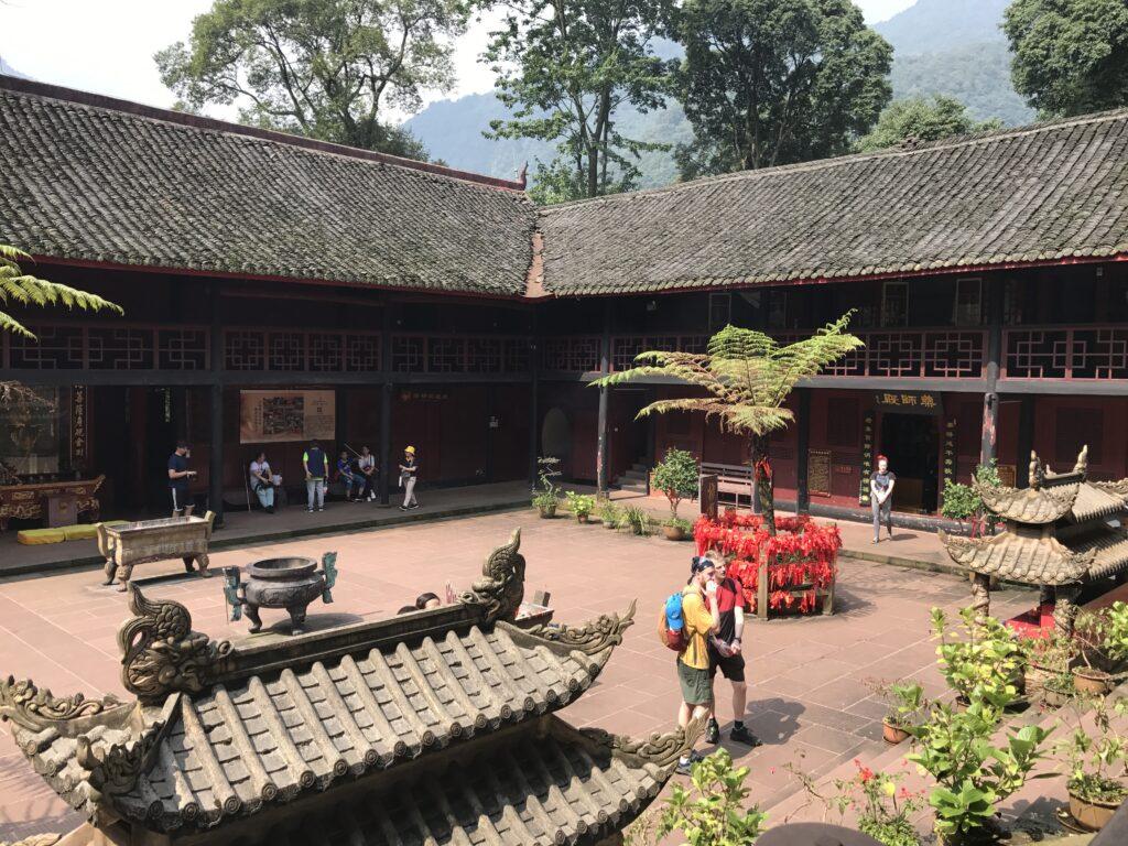 A sunny temple courtyard in Emei