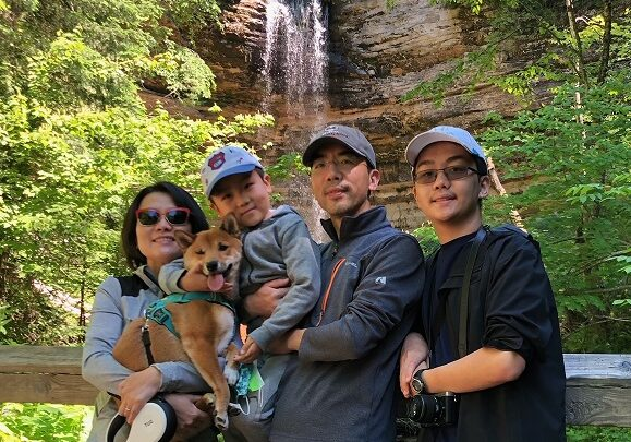 li family photo 2021 June (cropped)