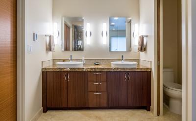 Happy-Valley-Bathroom-05