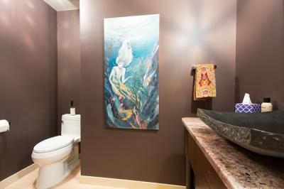 Happy-Valley-Bathroom-11