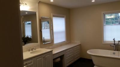 Lake-Oswego-Master-Bathroom-09