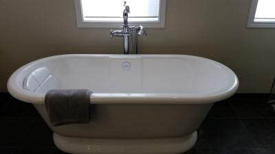 Lake-Oswego-Master-Bathroom-25