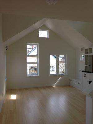 Sellwood-Skinny-House-04