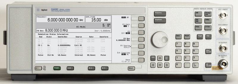 Keysight (Agilent/HP) E4428C Analog Signal Generator