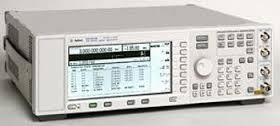 Agilent (HP) E4423B 1 GHz Analog RF Signal Generator w/ High Spectral Purity