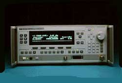Keysight (Agilent/HP) 83640L Synthesized Swept-CW Generator, 10 MHz to 40 GHz