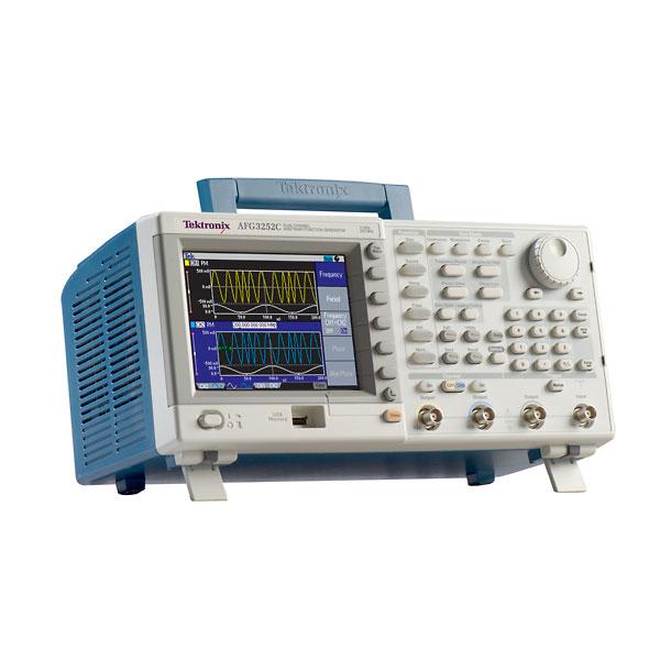 Tektronix AFG3102C 2 Channel, 100 MHz Analog Arbitrary Function Generator