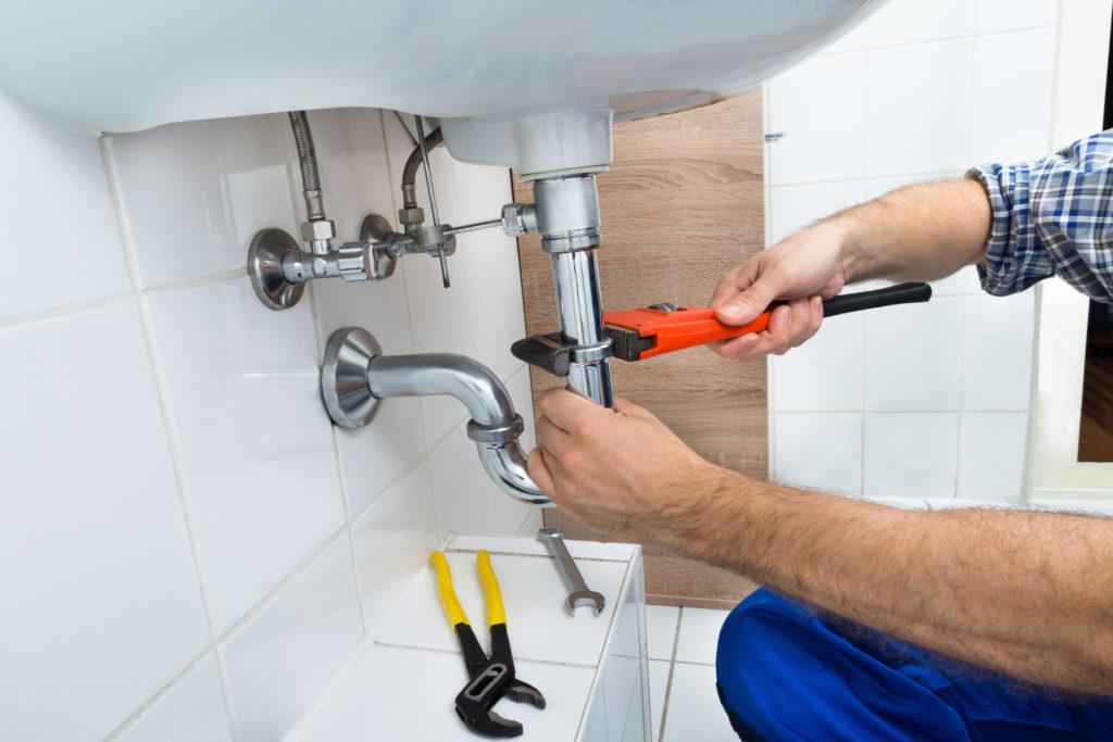 using plumbing software at a job site