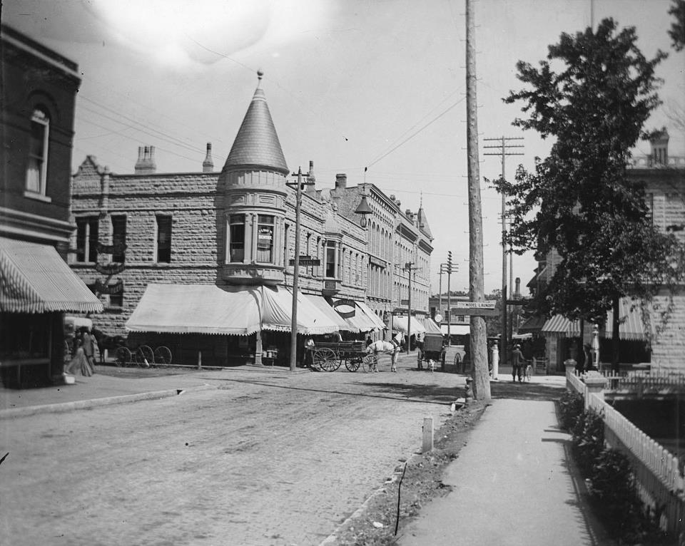 NORTH Grand Avenue and South Street, date unknown