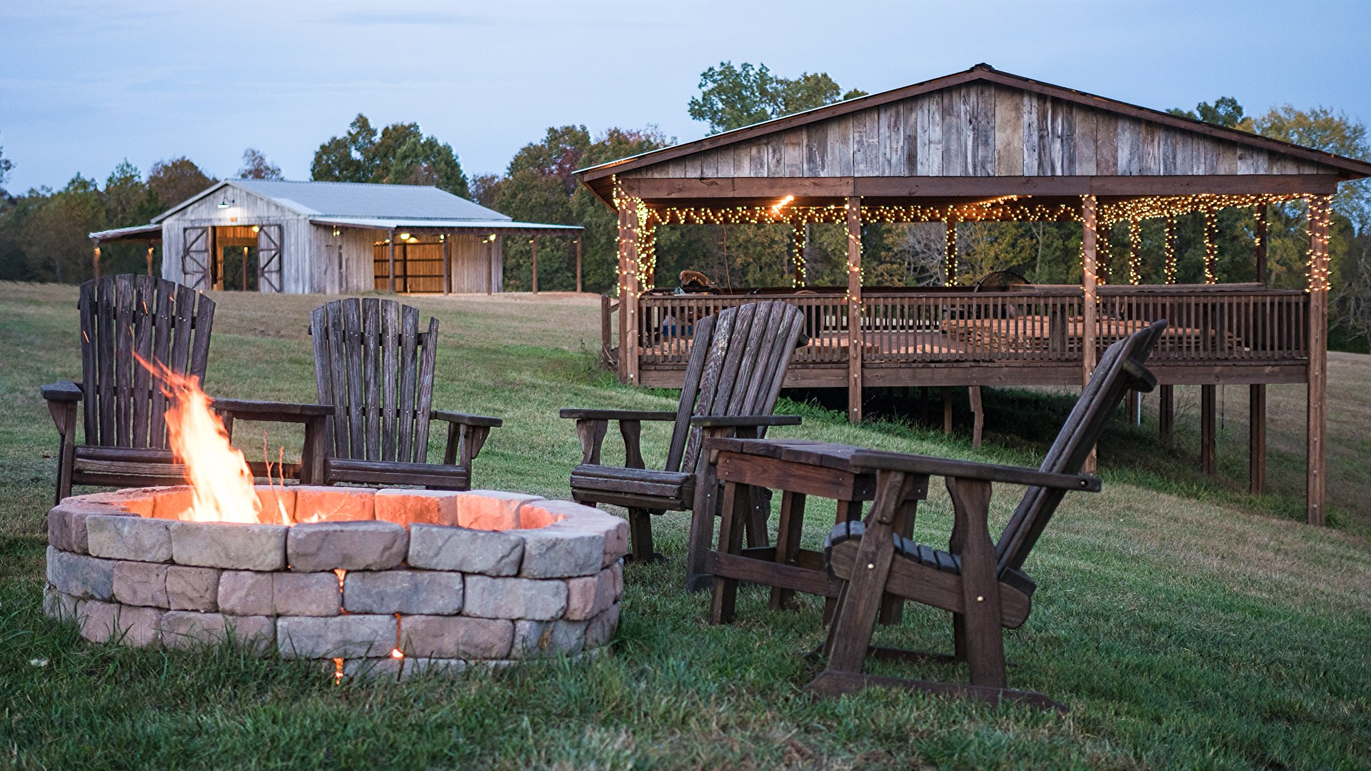 A cozy fire pit with pavilion is available for your Nashville corporate event