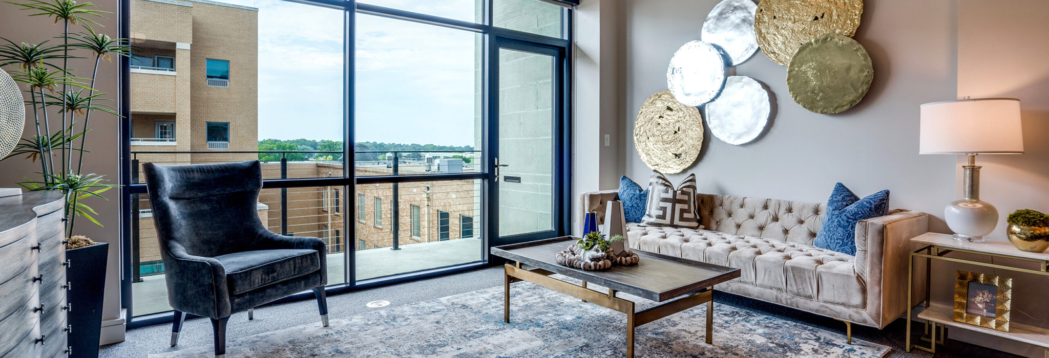 1501-w-division-st-arlington-tx-living-area-page-header