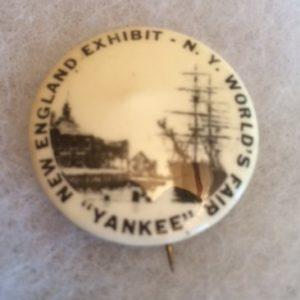 New England Exhibit NY Worlds Fair Pinback