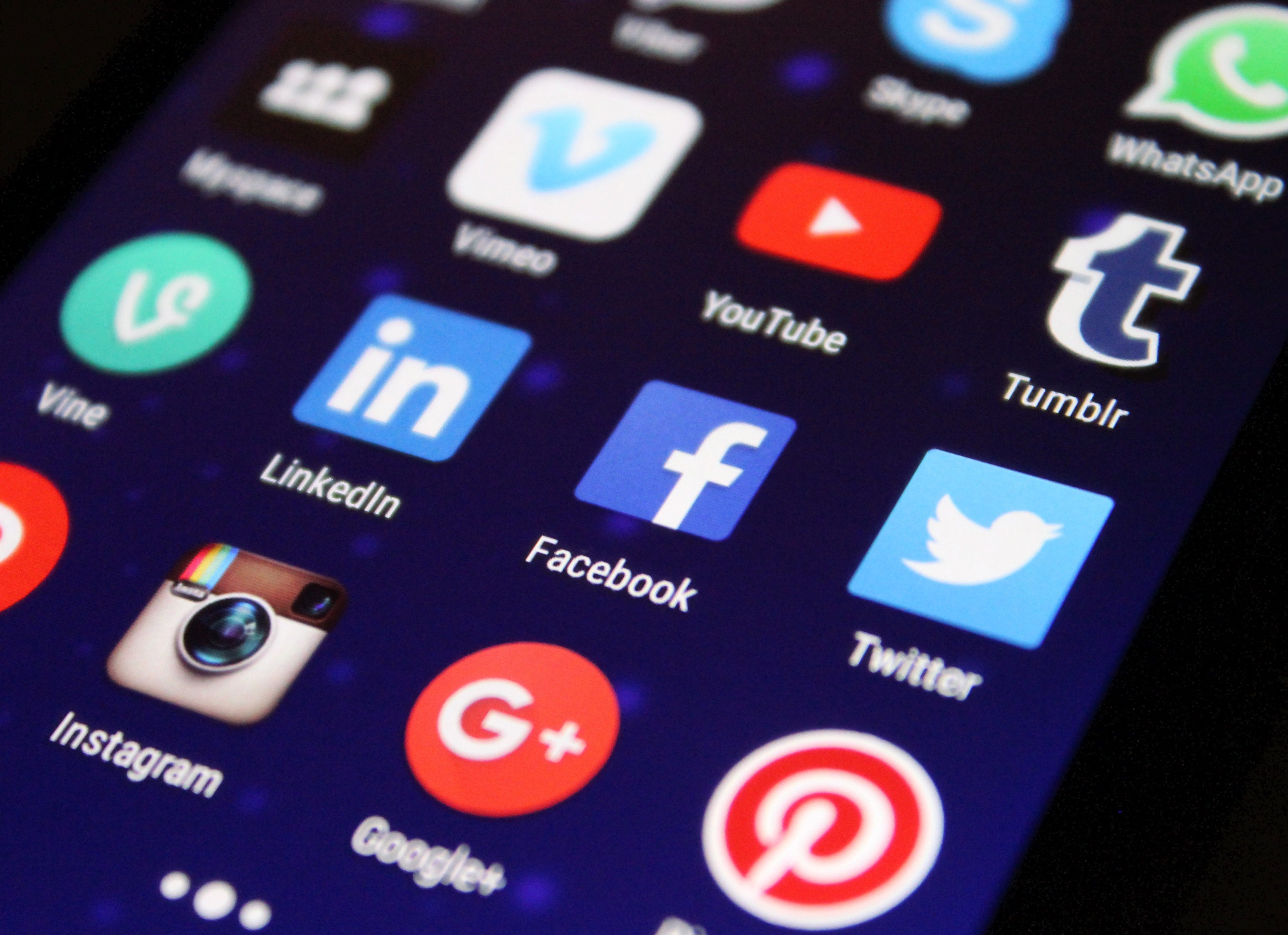 5 Social Media Myths for B2B Companies