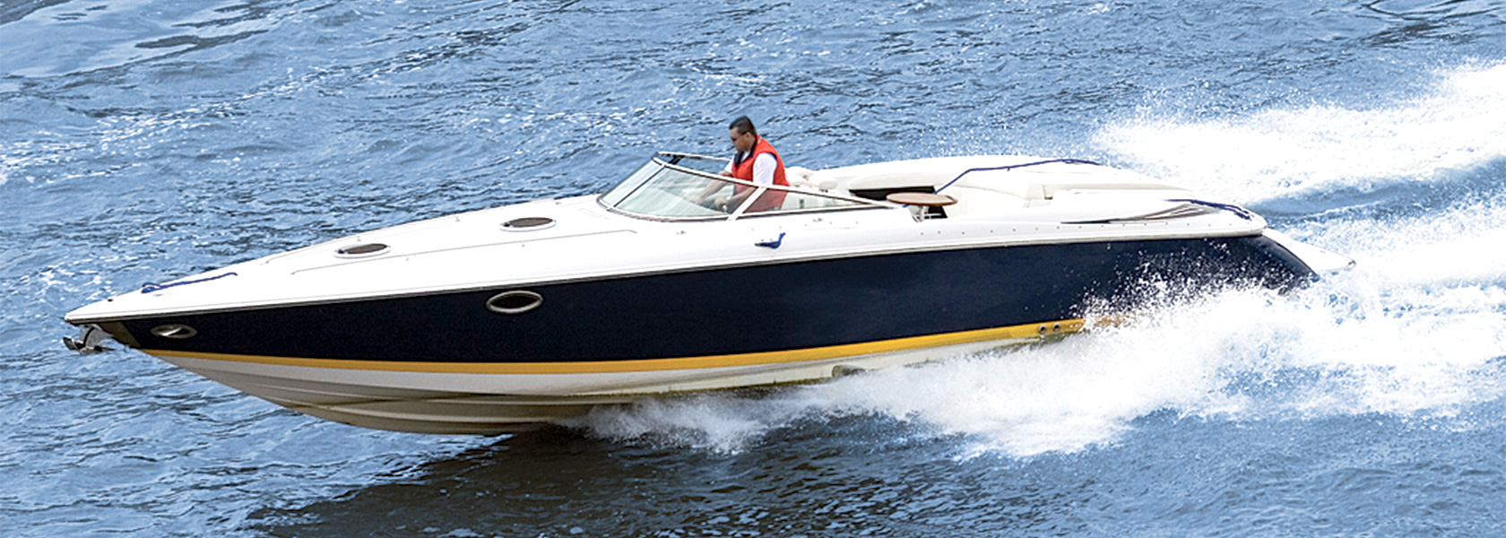 Cablecraft Motion Controls offers standard and custom cables and linkages for a variety of marine and commercial marine applications.