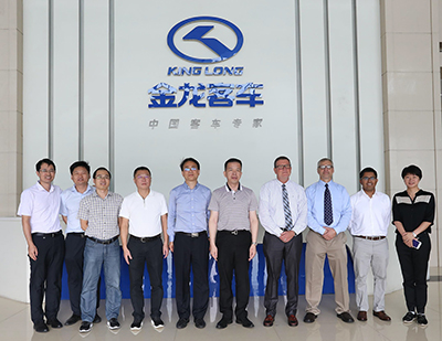 Bob Koontz of Cablecraft with the Chairman of the Board and the team at China's King Long Motors