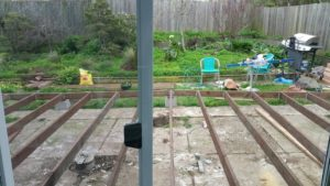 Everlast Construction builds a lopsided deck