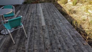 Finished deck by Everlast Construction