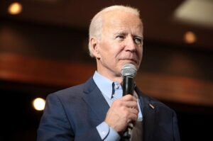 Biden Says You're Not a 'Patriot' If You Refuse Covid Vaccine