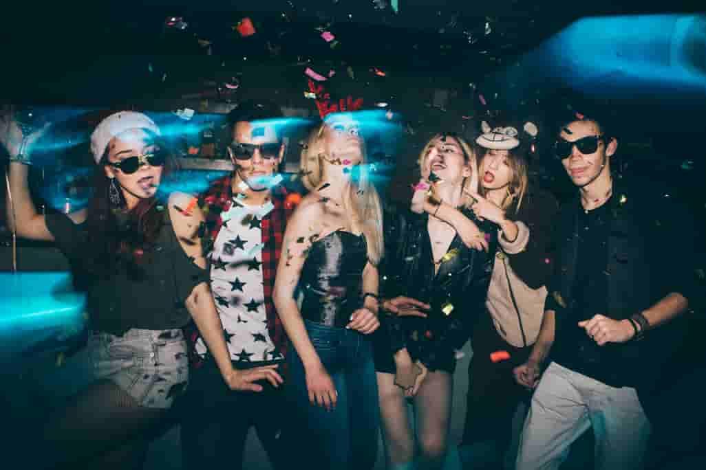 Nightclub-Party-Bus